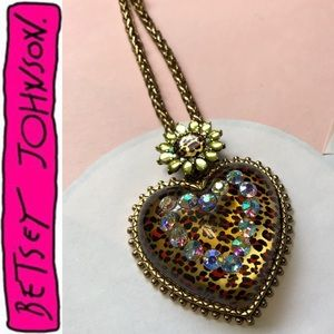 Large Heart Lovely Leopard Crystal Accent Gold Lng